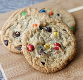 Cookie, Baked Chocolate Chip w/ Candy, 1 oz. *K