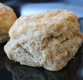 Biscuit, Easy Split, 2.1oz, Fully Baked, AA, WG
