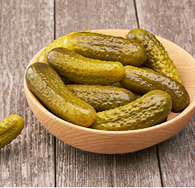 "Pickles, 1/8"" CC 500-700ct Gallon"