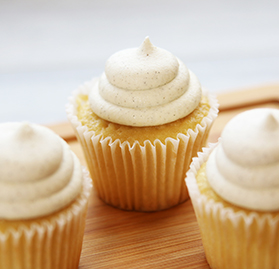 Cupcake, Vanilla Bean, Sweet Vanilla Creme Filled & Frosted, 3oz
